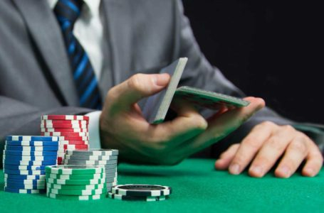 Why is it important to gamble in a website with customer support service?